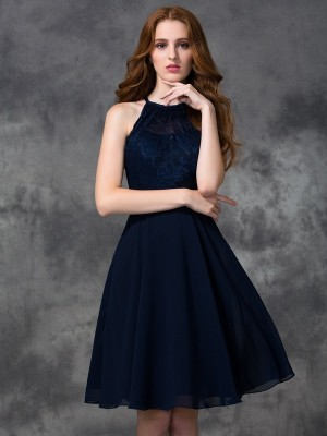 Unique A-Line Halter Lace Sleeveless Short Chiffon Bridesmaid Dress