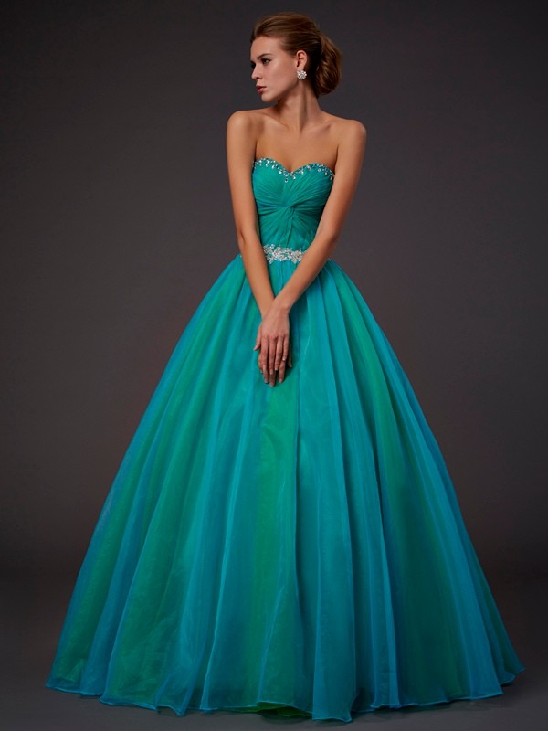Beautiful Ball Gown Sweetheart Sleeveless Long Tulle Quinceanera Dress