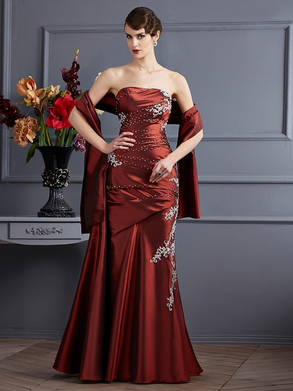 Chic Sheath Strapless Sleeveless Long Taffeta Dress