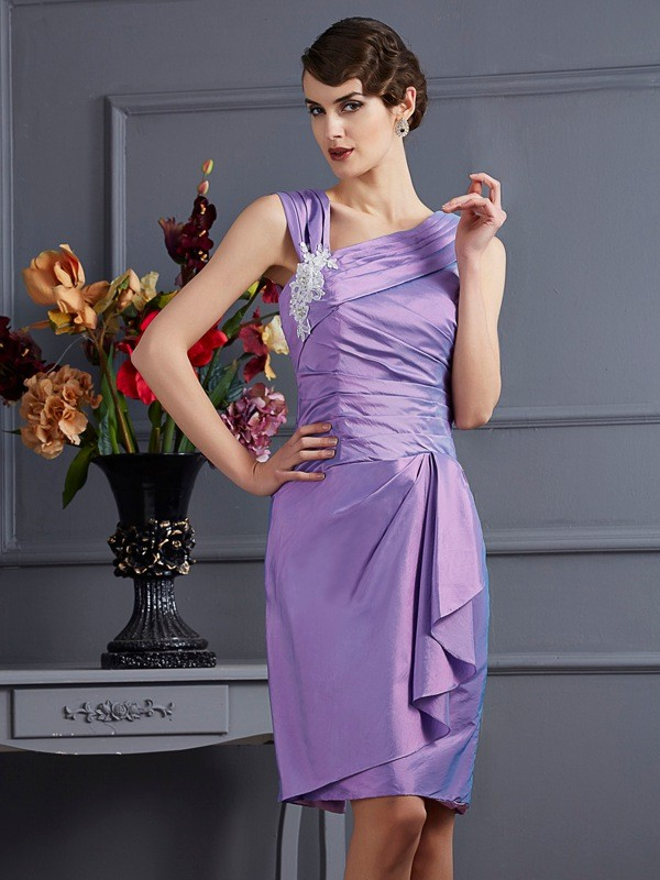 Chic Sheath Sleeveless Short Taffeta Bridesmaid Dress
