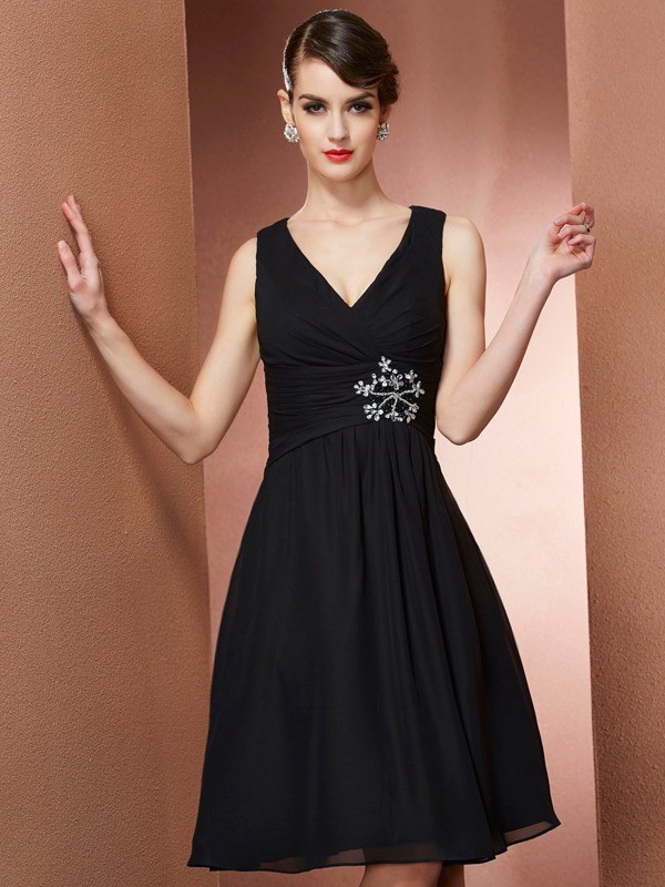 Stylish A-Line Straps Sleeveless Short Chiffon Bridesmaid Dress