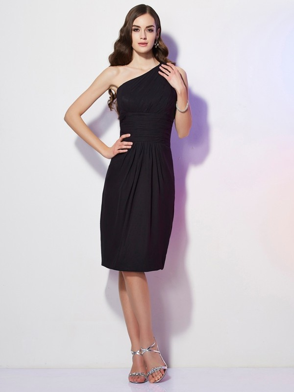 Stylish Sheath One-Shoulder Sleeveless Short Chiffon Bridesmaid Dress