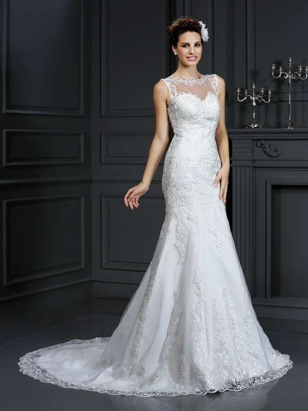 Fashion Sheath Bateau Lace Sleeveless Long Satin Wedding Dress