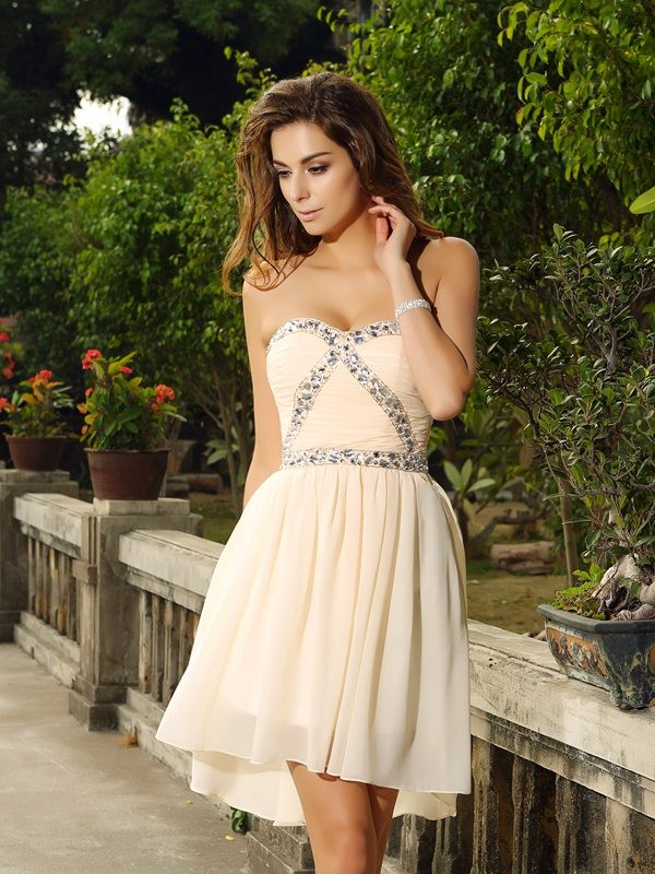Exquisite A-Line Sweetheart Sleeveless Short Chiffon Cocktail Dress