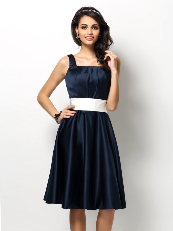 Charming Sheath Square Sleeveless Short Satin Bridesmaid Dress