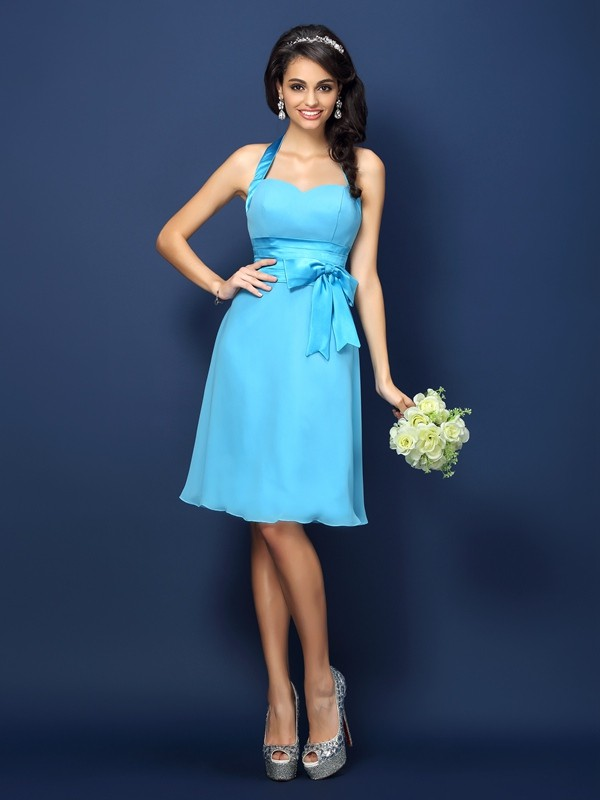Charming Sheath Halter Sleeveless Short Chiffon Bridesmaid Dress