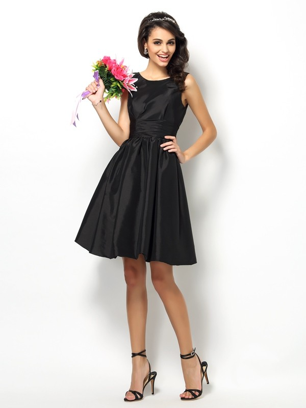 Charming A-Line Bateau Sleeveless Short Taffeta Bridesmaid Dress