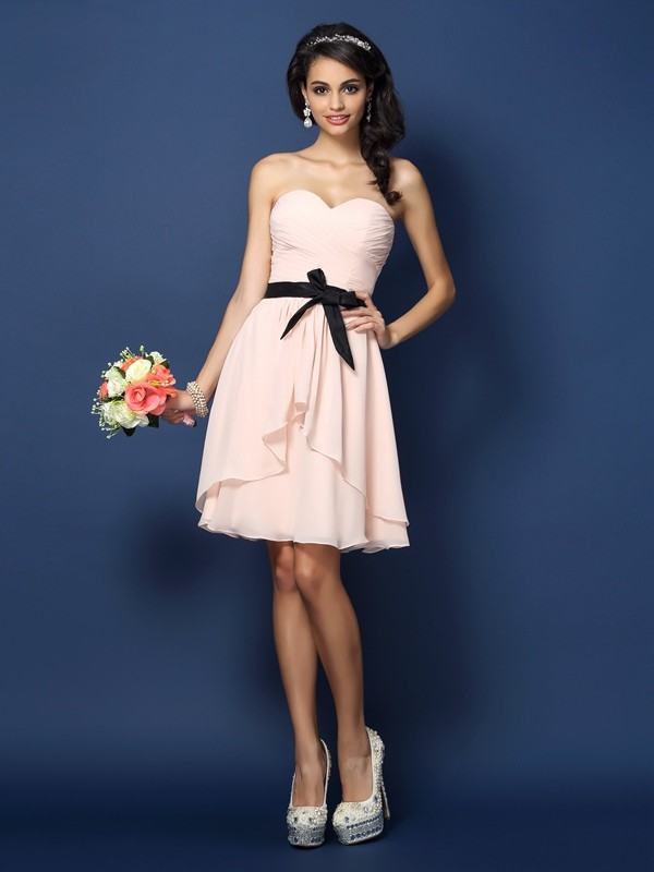 Charming A-Line Sweetheart Sleeveless Short Chiffon Bridesmaid Dress