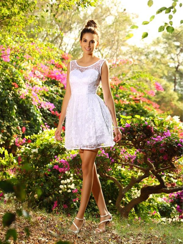 Classical A-Line Bateau Sleeveless Short Lace Bridesmaid Dress