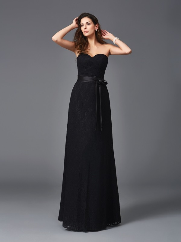 Nice A-Line Sweetheart Sleeveless Long Lace Bridesmaid Dress