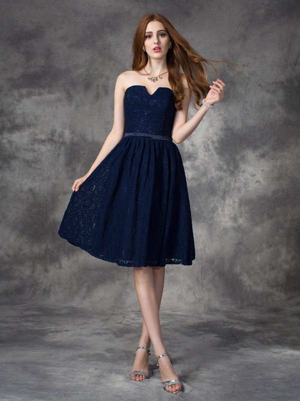 Nice A-Line Sweetheart Lace Sleeveless Short Lace Bridesmaid Dress
