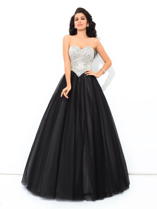 Glamorous Ball Gown Sweetheart Sleeveless Long Net Quinceanera Dress