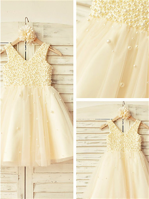 Stunning A-line V-neck Sleeveless Pearls Tea-Length Tulle Flower Girl Dress