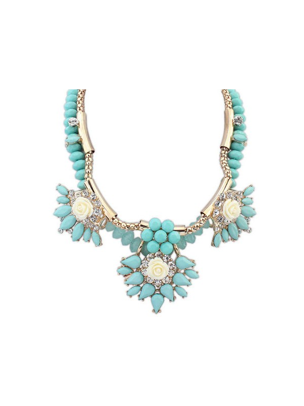 Gorgeous Occident Hyperbolic Necklace