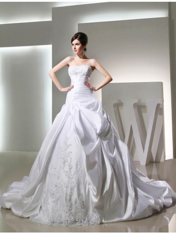 Modest Ball Gown Long Satin Strapless Sleeveless Wedding Dress