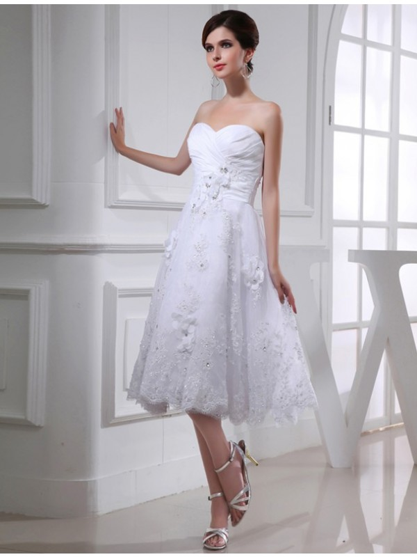 Modest A-Line Sweetheart Sleeveless Organza Taffeta Wedding Dress