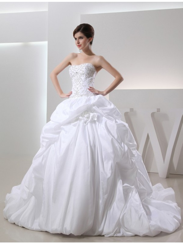 Modest Ball Gown Sleeveless Long Taffeta Wedding Dress