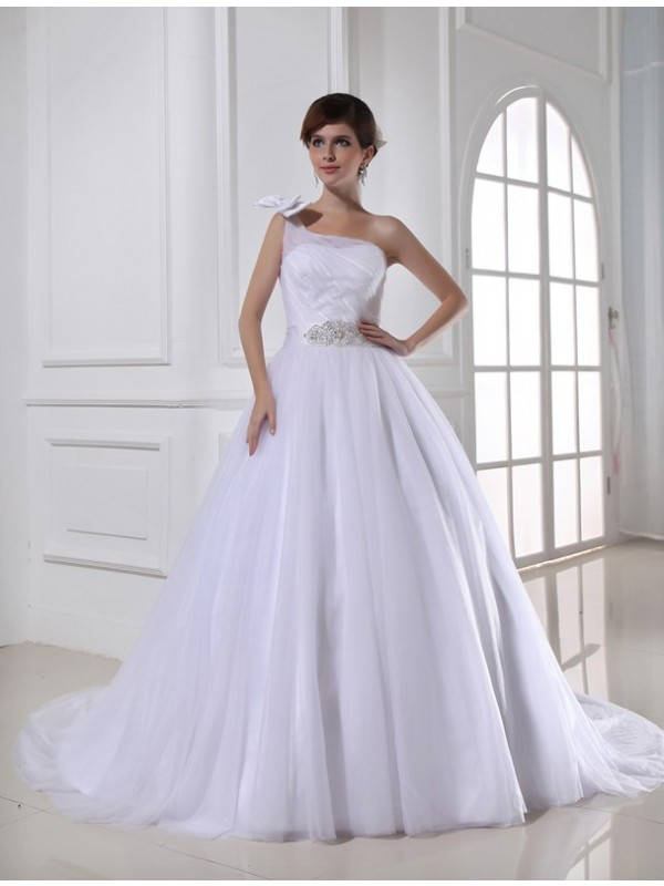 Beautiful Ball Gown One-shoulder Sleeveless Satin Tulle Wedding Dress
