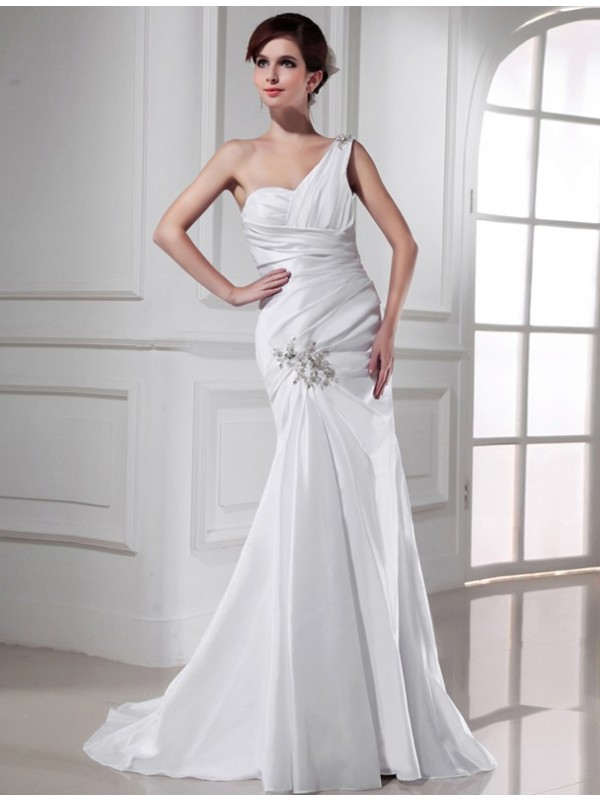 Beautiful Mermaid One-shoulder Satin Sleeveless Long Wedding Dress