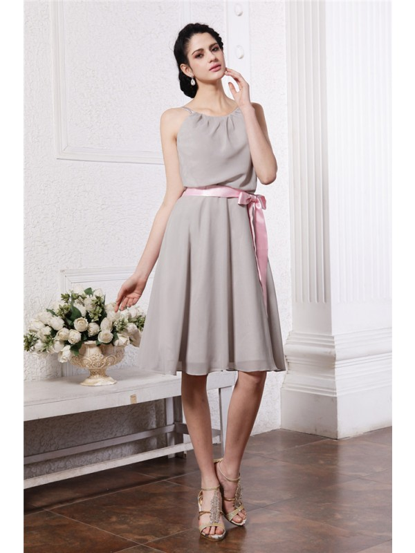 Gorgeous Sheath Scoop Sleeveless Sash Short Chiffon Bridesmaid Dress