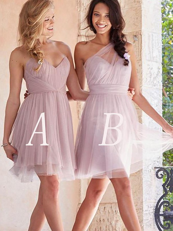 Exquisite A-Line Tulle Sleeveless Short/Mini Bridesmaid Dress