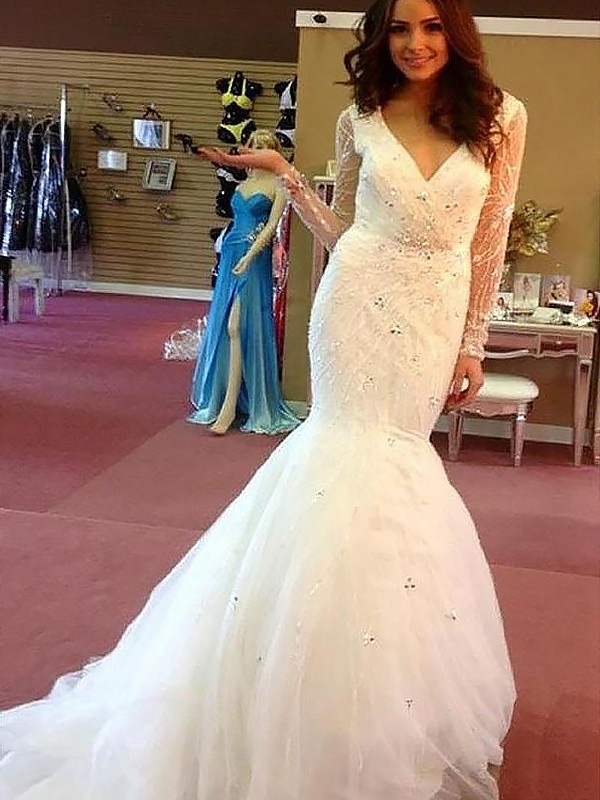 Exquisite Mermaid Tulle Long Sleeves Court Train V-neck Wedding Dress