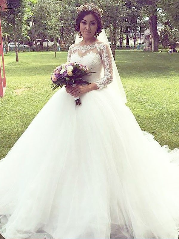 Exquisite Ball Gown Tulle Long Sleeves Bateau Court Train Wedding Dress