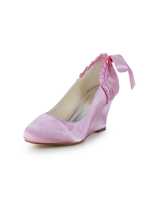 Exquisite Women Satin Wedge Heel Closed Toe Pink Wedding Shoes