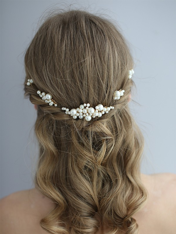 Stylish Pearls Headpiece