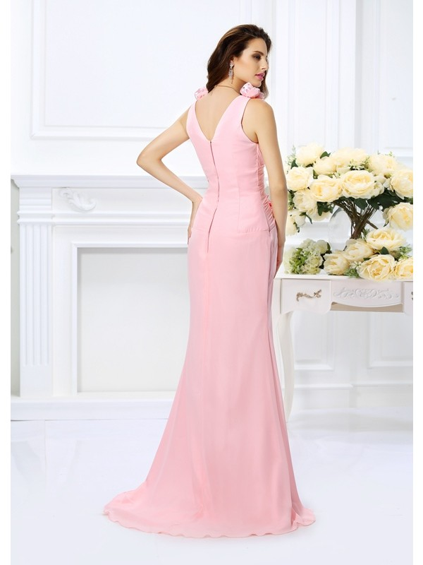 Fashion Mermaid V-neck Sleeveless Long Chiffon Bridesmaid Dress