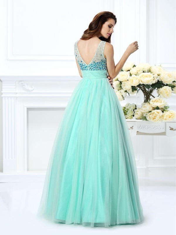 Exquisite Ball Gown Bateau Sleeveless Long Chiffon Quinceanera Dress