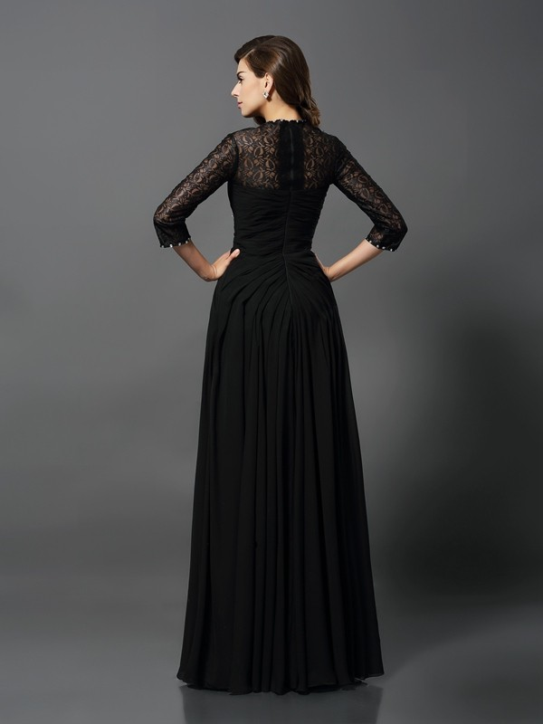 Exquisite A-Line Bateau 3/4 Sleeves Long Lace Dress