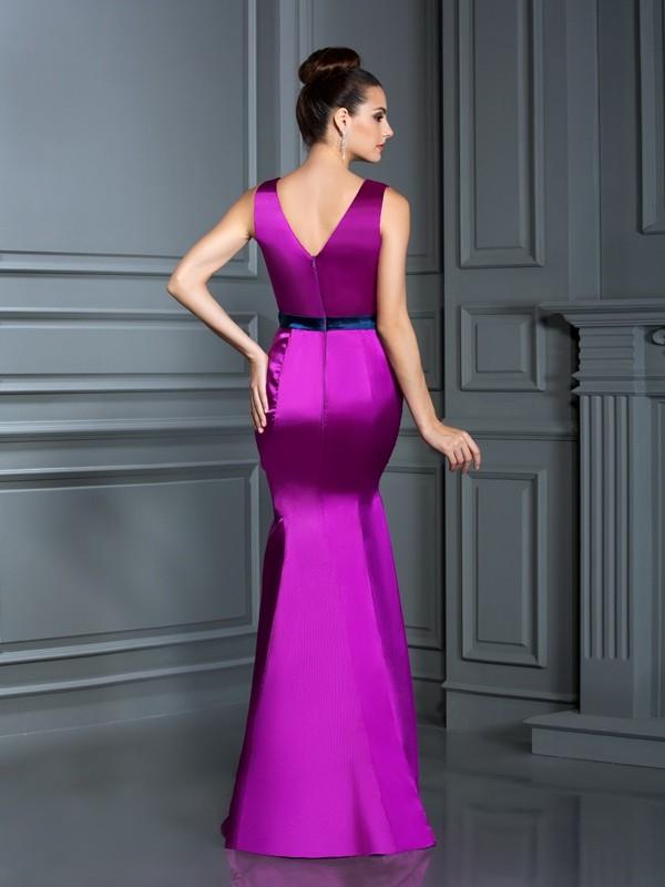 Charming Mermaid V-neck Sleeveless Long Elastic Woven Satin Bridesmaid Dress