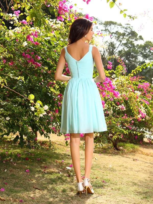 Charming A-Line Straps Sleeveless Short Chiffon Bridesmaid Dress