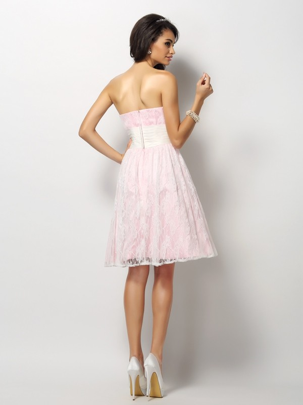 Charming A-Line Sweetheart Lace Sleeveless Short Satin Bridesmaid Dress