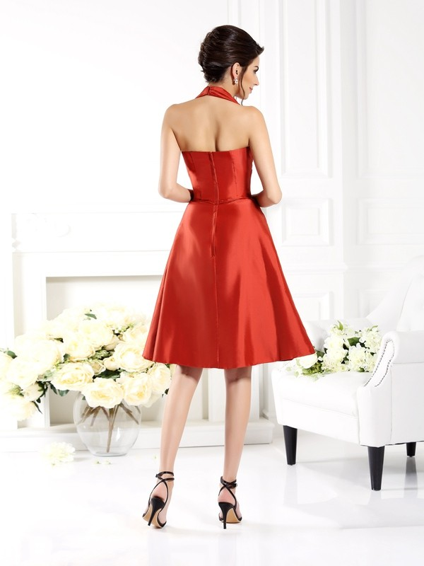Charming A-Line Halter Sleeveless Short Taffeta Bridesmaid Dress
