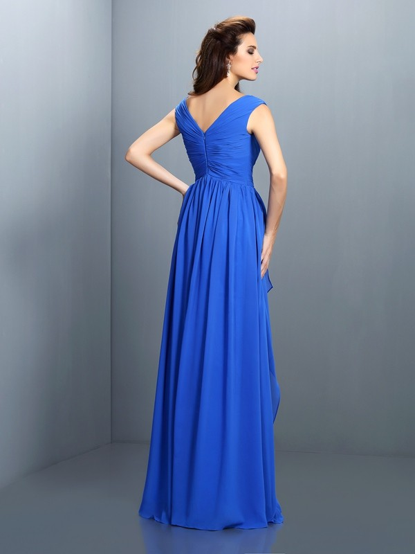 Gorgeous A-Line V-neck Sleeveless Long Chiffon Dress