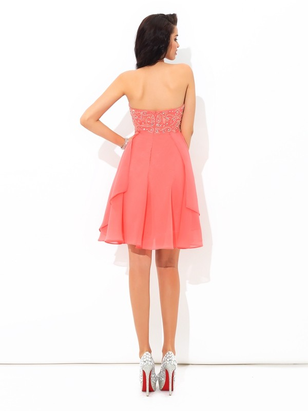 Unique A-Line Halter Sleeveless Short Chiffon Cocktail Dress