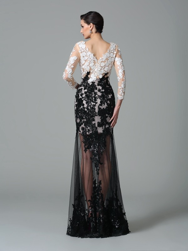 Amazing Sheath V-neck Lace 3/4 Sleeves Long Net Dress
