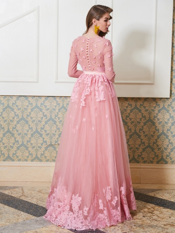 Affordable A-Line Scoop 3/4 Sleeves Floor-Length Tulle Dress