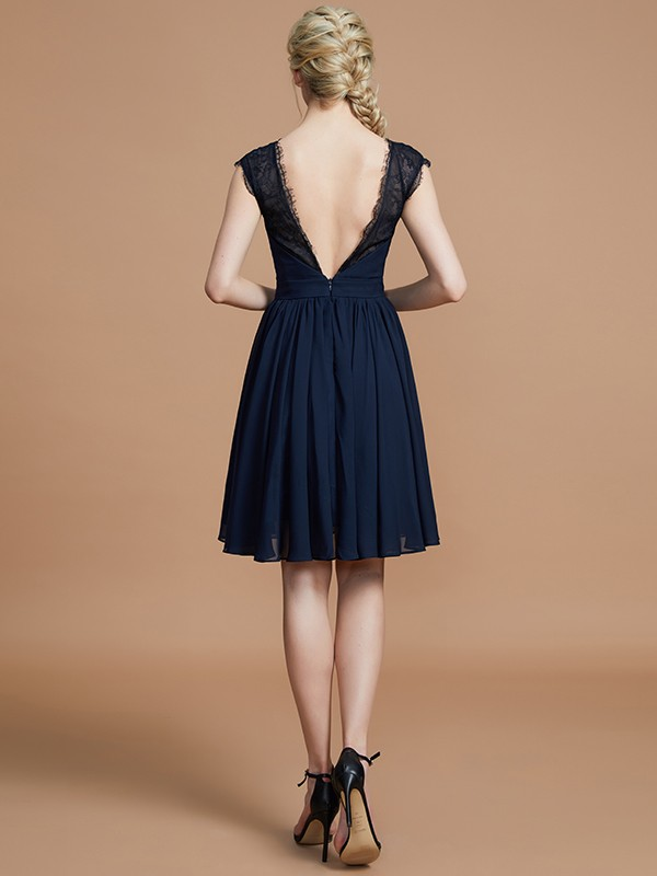 Gorgeous A-Line V-neck Chiffon Knee-Length Bridesmaid Dress