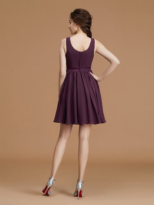 Modest A-Line Bateau Sleeveless Short/Mini Chiffon Bridesmaid Dress