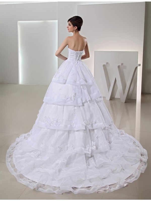 Modest Ball Gown Long Organza Sweetheart Wedding Dress