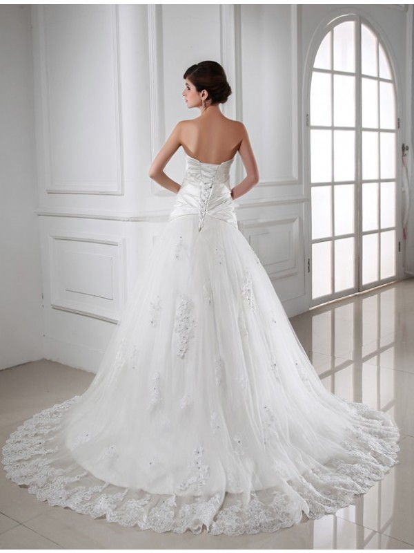 Beautiful A-Line Sweetheart Sleeveless Satin Tulle Wedding Dress
