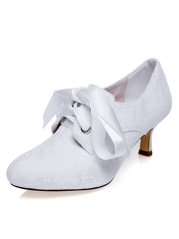 Beautiful Women Satin Closed Toe Silk Spool Heel Wedding Shoes