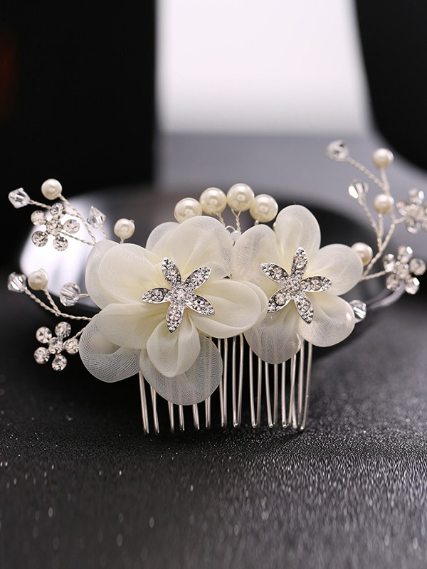Perfect Pearls Headpiece